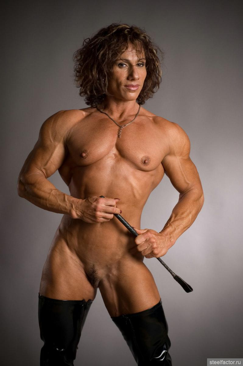 bodybuilder-in-stockings